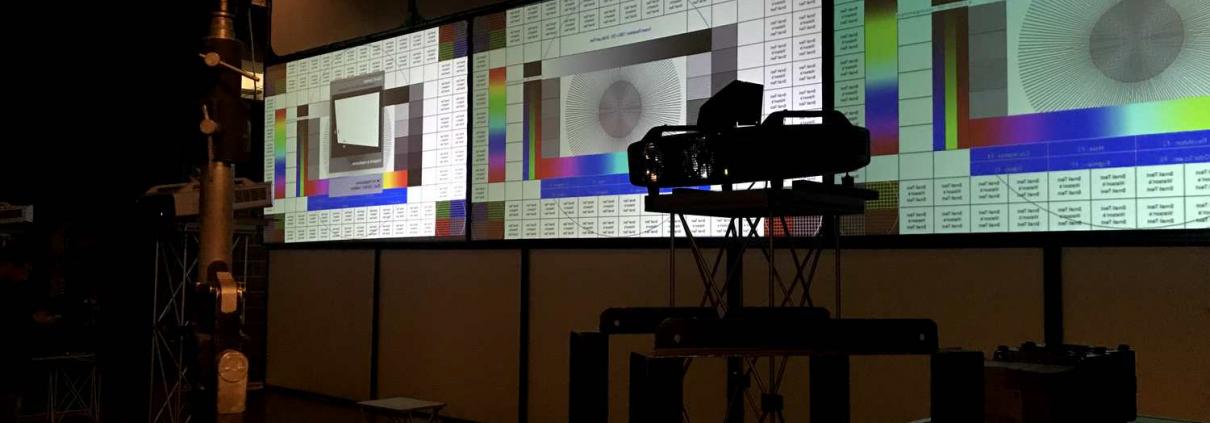 Collegamenti satellitari, live streaming e registrazione evento